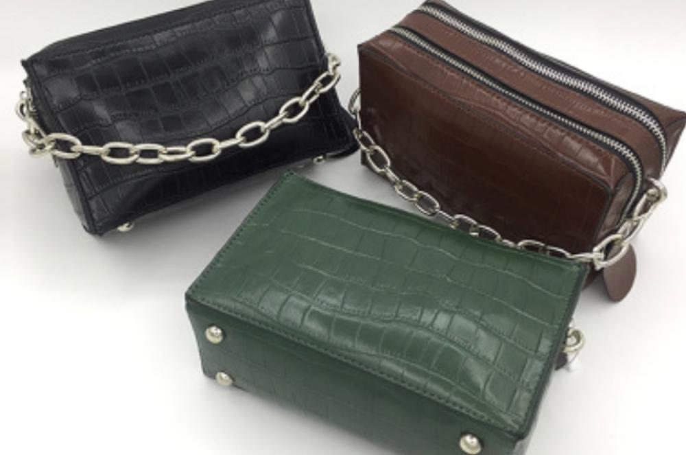 https://5kplustore.com/handbags